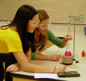 students working in chemistry lab